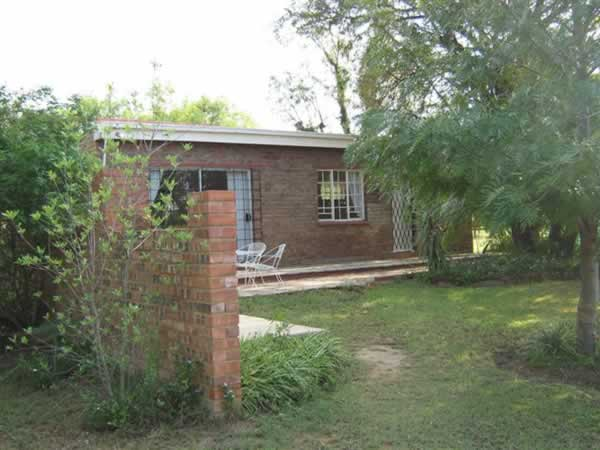LeKraal Farm Cottages B&B
